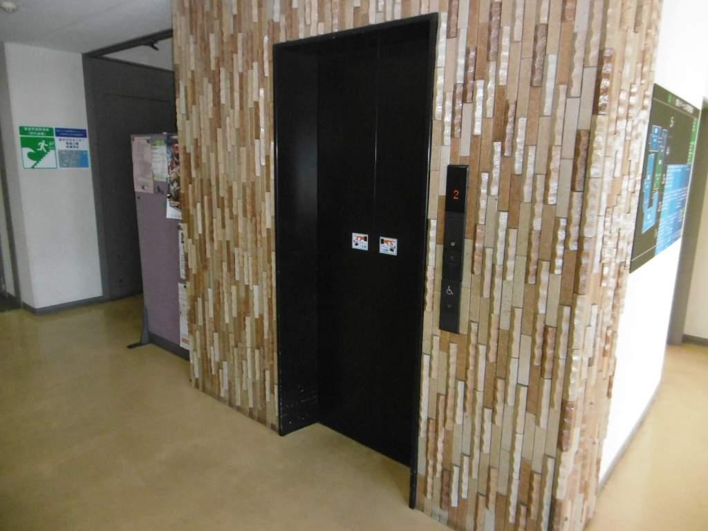 地域イノベーション研究開発拠点エレベーター
